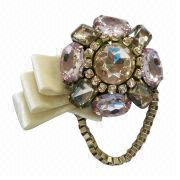 Fashionable Brooches from China (mainland)