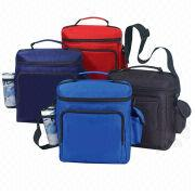 Large black polyester heat-Insulated cooler bags with handle and shoulder tape, easy to grip handle