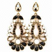 Hong Kong SAR Fashion Jewelry Drop Earrings