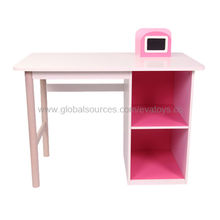 Wooden Table Manufacturer