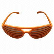 Women's Sunglasses with Plastic Frame, Suitable for Ladies, New Fashionable Design