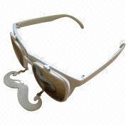 China Las gafas de sol de las mujeres con el marco brillante del metal y del plástico, conveniente para las señoras, diseño de moda