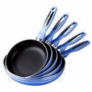 Pressed aluminum non-stick frying pan from China (mainland)