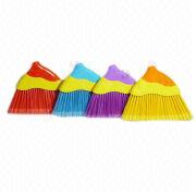 Eco-friendly Indoor Household Cleaning Plastic Brooms from China (mainland)