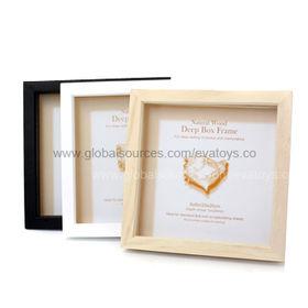 Classic nice wooden picture album, measures 24*24*3.5cm, EN 71 certified