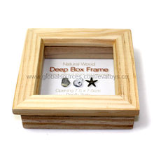 Square-shaped nice wooden photo frame Manufacturer
