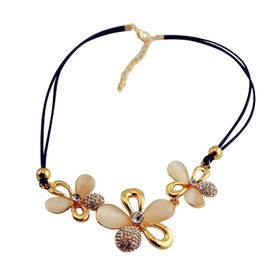Plum Blossom Pendant Necklace from China (mainland)