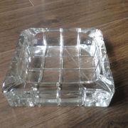 China Hot Sale Engraved Crystal Glass Ashtray