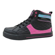 Skateboarding shoes from China (mainland)