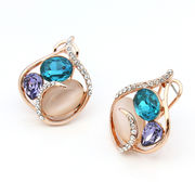 Latest stud earrings from China (mainland)