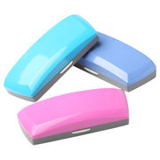 Plastic cases from China (mainland)