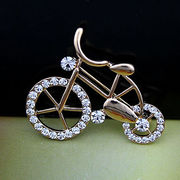 Exquisite Bike Alloy Metal Brooches Manufacturer