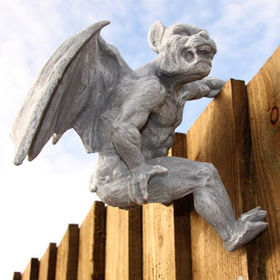 Best-seller Resin Gargoyle Pot Hanger Statue Manufacturer