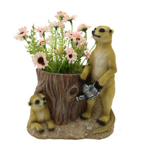 New Arrival Polyresin Meerkats lawn ornament from China (mainland)