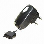 Retractable Travel Charger from Taiwan