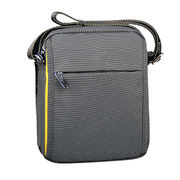 Oxford shoulder bags from China (mainland)