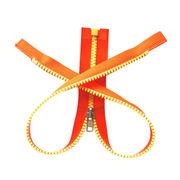 Plastic zipper from China (mainland)