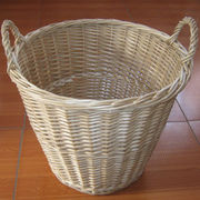 Hand-woven willow natural laundry basket Manufacturer
