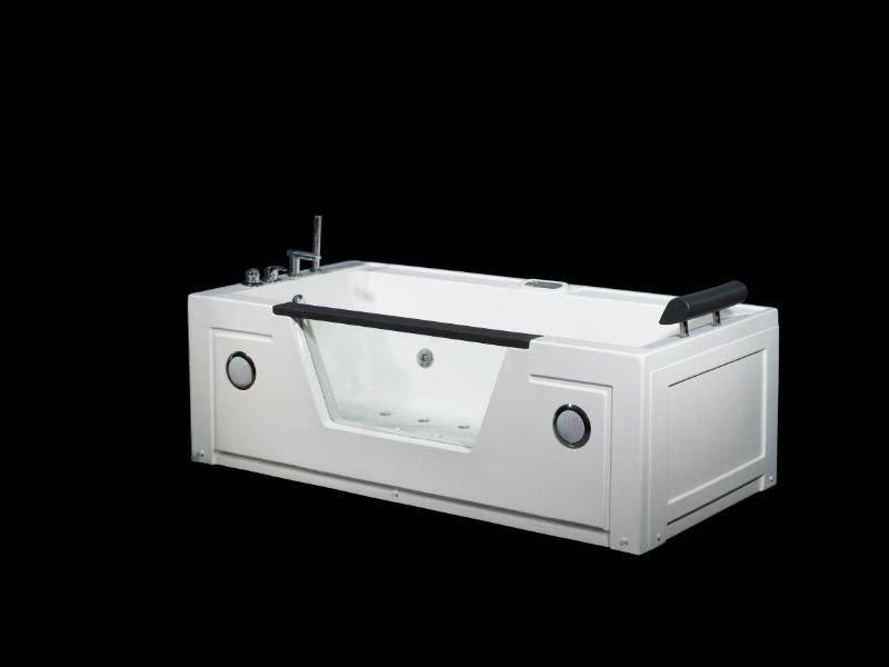 Bath tubs Manufacturer
