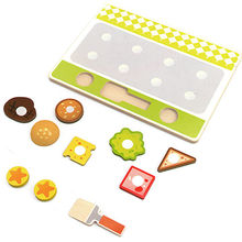 China 2015 latest wooden kitchen set play food toy