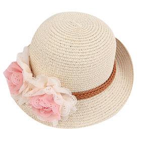White sunhat