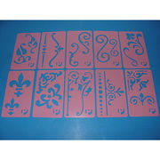 China New washable DIY kids PP plastic drawing template set kids custom stencils for painting