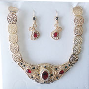 14k Saudi gold crystal jewelry Manufacturer