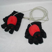 Animal gloves from China (mainland)