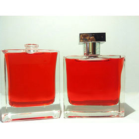 30ML Hot Sale Glass Perfume Bottle, Various Designs Available