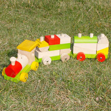 Wooden play pull truck toy Manufacturer