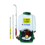Agriculture Sprayer with Knapsack Power Sprayer and 7500rpm Speed, Matched Two Stroke