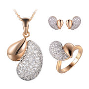 Fashion necklace and stud earring sets from China (mainland)