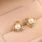 China Simple design 2016 top fashion women stud pearl ea