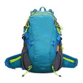 35 L Hiking Daypacks