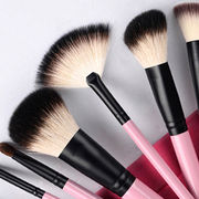 Cosmetic brushes from China (mainland)