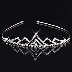 China Graceful Crown