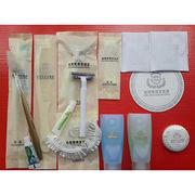 China Disposable hotel kits hotel amenity bag