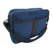 Fashionable canvas messenger from China (mainland)