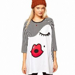 Women's novelty t-shirts from China (mainland)