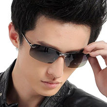 Black Men's Sunglass, the Lens Surface is to Avoid Scratches and Extend Life, OEM Orders Accepted
