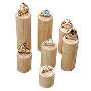China Customized simple fashion jewelry display holder w