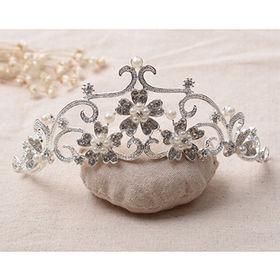 China Graceful Shining Crystal Crown Shaped