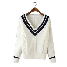 China Women's V-neck pullover, made of wool/acrylic