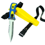 Sharp Tip Scuba Diving Knife with Anti-Slip Handle. Length of 25.5 cm in Sheath.
