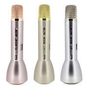 China Karaoke LED Flashlight Torch Bluetooth Speakers, Stereo Microphone, Handsfree
