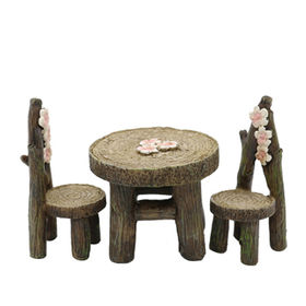 China Polyresin Miniature Garden Table and Chair