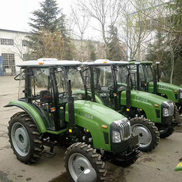 60HP/4WD Farm Tractor, Cabin and CE Certified