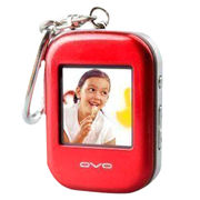 1.5-inch Digital Photo Viewer Keychain, Keeps Around 60 to 100 Pieces of Your Favorite Photos