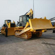 Bulldozers, SD32 crawler bulldozer