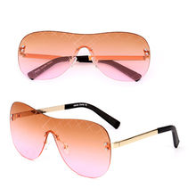 China 2017 Fashion women's sunglasses